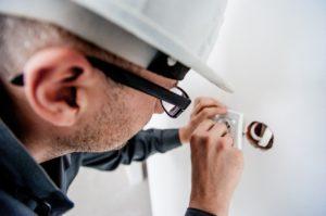 Аттестация по электробезопасности: какие бывают группы допуска